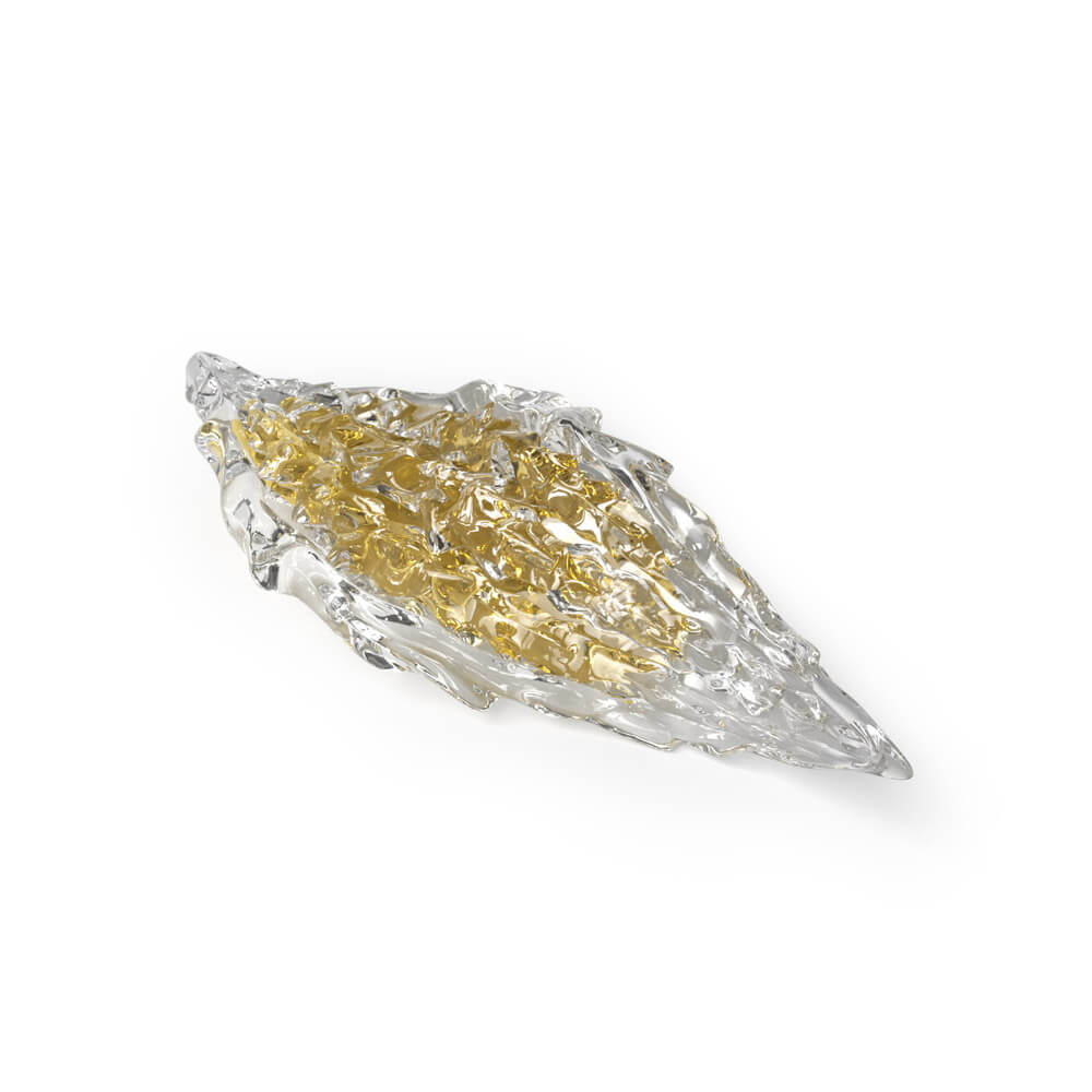 Crystal with light cognac core